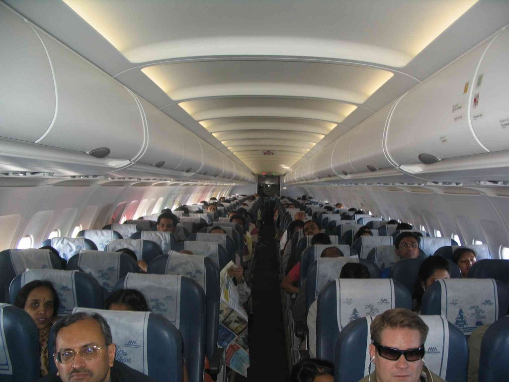 Interior_of_Air_Deccan_Airbus_A320